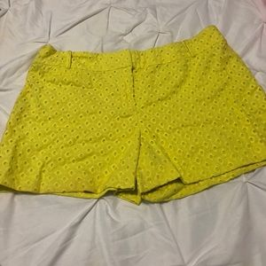 Pre-Owned Ann Taylor Loft Yellow Shorts
